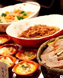 地元飛騨旬の食材を使用した郷土料理
